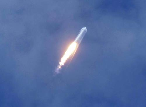 SpaceX Wins New Commercial Launch Order