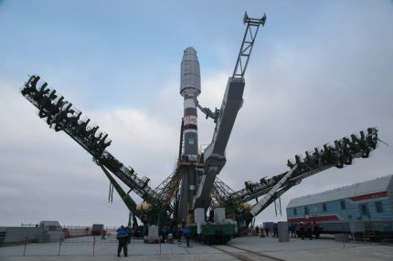 Soyuz Lifts off with 6 Globalstar Satellites