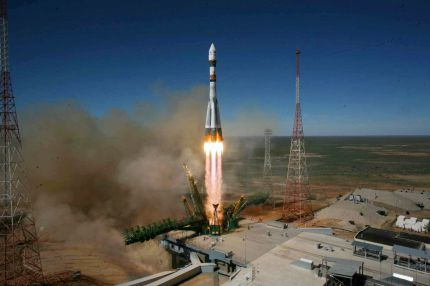 "Echoes of Gagarin, Russia Launches ""Noah's Ark"" Spacecraft"
