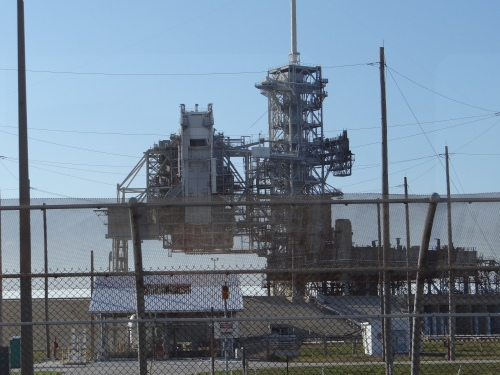 Blue Origin, SpaceX Bid on Historic NASA Pad 39A