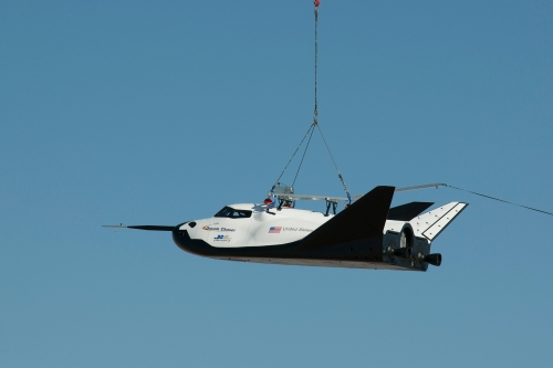 Dream Chaser Captive Carry  Credit : NASA