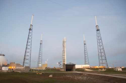 Falcon 9 on Track to Launch Thaicom 6 Today