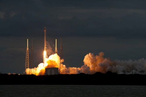 Thaicom-6 Liftoff Credit : SpaceX